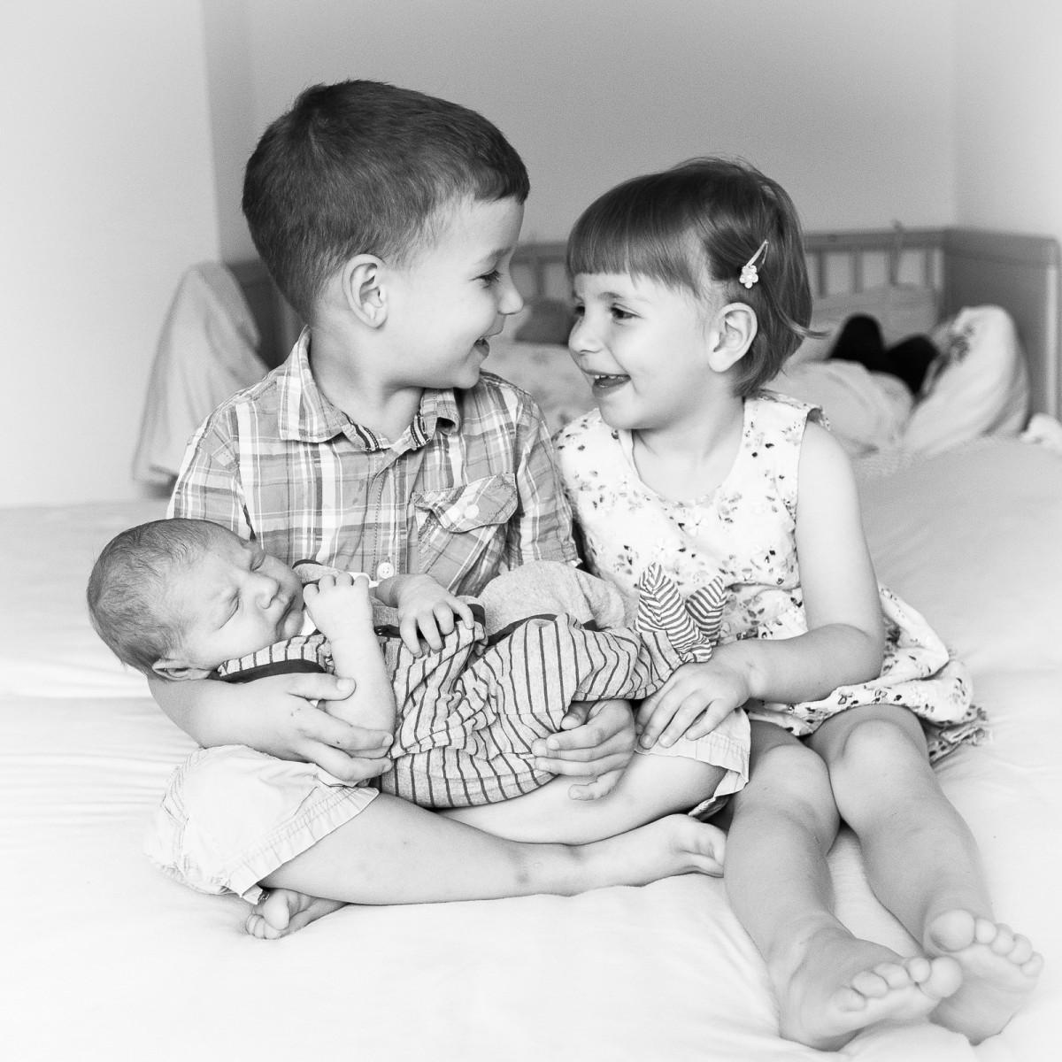 Babyfotos, Babyfotografie, Neugeborene, Neugeborenenfotos, Neugeborenen Fotografie, Babies, Babys, Geburtsfotos, Geburtsfotografie, liebevolle Babyfotografie, liebevolle Neugeborenfotografie, Homstory Baby, liebevolle Neugeborenenfotos, liebevolle Neugeborenenfotografie, entspannte Babyfotos, entspannte Neugeborenenfotografie, wundervolle Babyfotos, wundervolle Babyfotografie, wundervolle Neugeborenenfotos, wundervolle Neugeborenenfotografie, Weinstadt, Babyfotos Weinstadt, Babyfotografie Weinstadt, Neugeborenenfotografie Weinstadt, Neugeborenenfotos Weinstadt, liebevolle Babyfotos Weinstadt, Rems-Murr-Kreis, Babyfotos Rems-Murr-Kreis, Neugeborenenfotos Rems-Murr-Kreis, Neugeborenenfotografie Rems-Murr-Kreis, Schorndorf, Waiblingen, Fellbach, Kernen, Welzheim, Backnang, Stuttgart